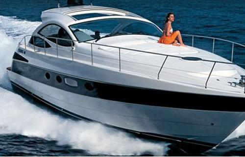 Noleggio nautico da tropea a capo vaticano sea sports for Il canotto a bordo degli yacht