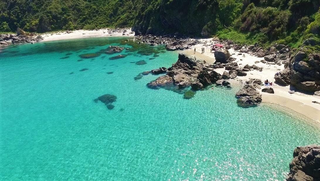 Matrimonio Spiaggia Tropea : Matrimonio in spiaggia o barca oggi si può sea sports