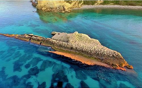 L'esperienza unica di nuotare in un'antica peschiera: il Murenario di sant'Irene